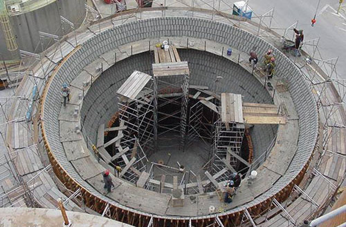 tile HG tank being built
